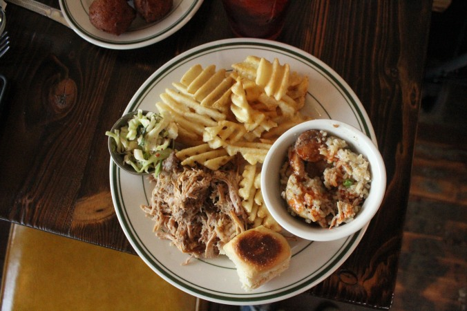 Whole hog pulled pork plate